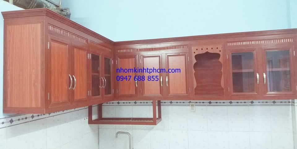 Tủ nhôm kính treo tường nhà bếp