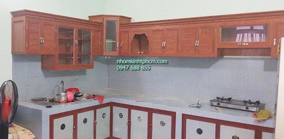 Mẫu tủ bếp bằng khung nhôm kính giá rẻ hcm