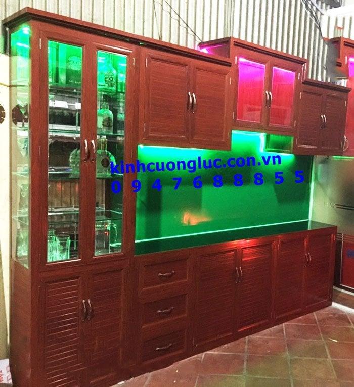các mẫu tủ bếp nhôm kính đẹp