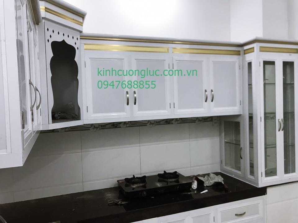 kệ bếp nhôm kính treo tường sơn tĩnh điện