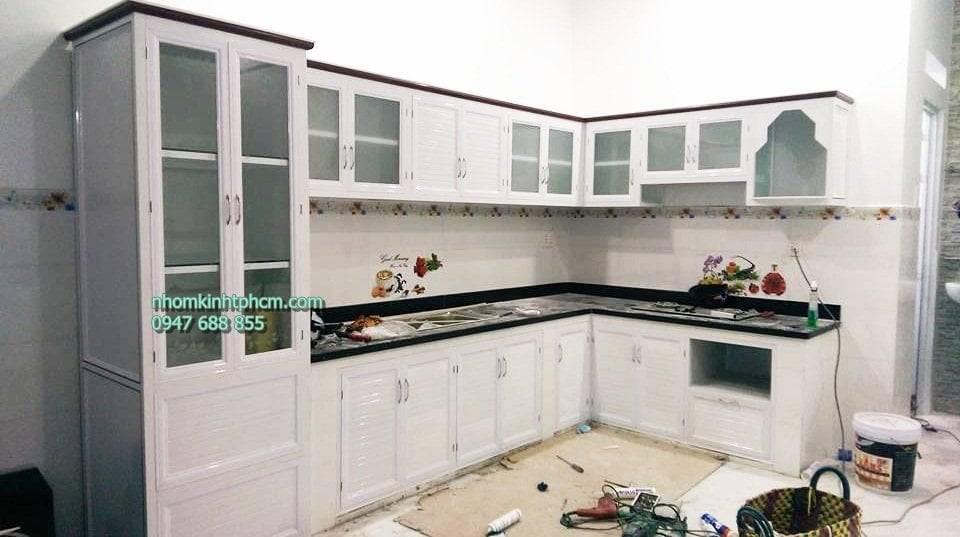 Tủ bếp nhôm kính tại cần thơ