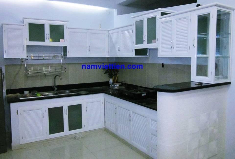 Những mẫu tủ bếp nhôm kính hiện đại