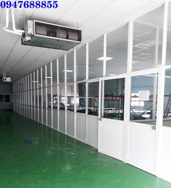 mẫu vách ngăn phòng van phòng nhôm kính giá rẻ tphcm