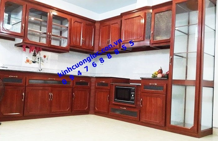 Tủ bếp nhôm kính vân gỗ cao cấp nam việt tiến tại hà đông