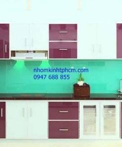 kính bếp màu xanh ngọc