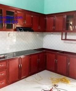 Làm tủ bếp nhôm kính giá rẻ