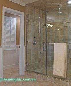 vách kính nhà vệ sinh
