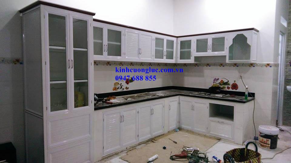 11 - Làm tủ bếp nhôm kính TPHCM