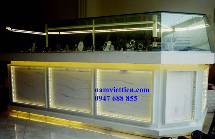 201401110731 p1000765 - Tủ trưng bày trang sức bằng nhôm