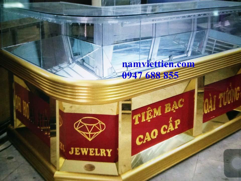 IMG 20180509 160541 - Mẫu tủ bán vàng đẹp cao cấp