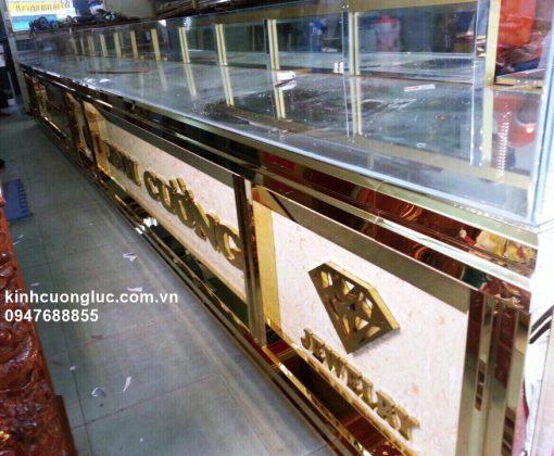 mẫu tủ bán vàng