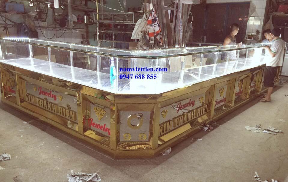 Tủ bán vàng nhôm kính đẹp TPHCM