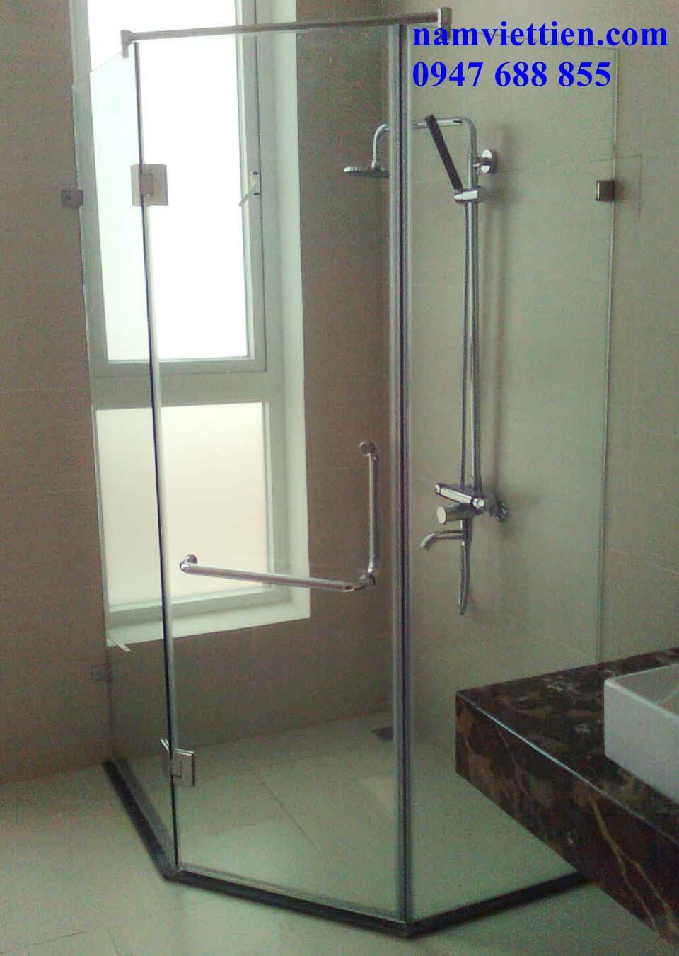 Phòng tắm kính HCM