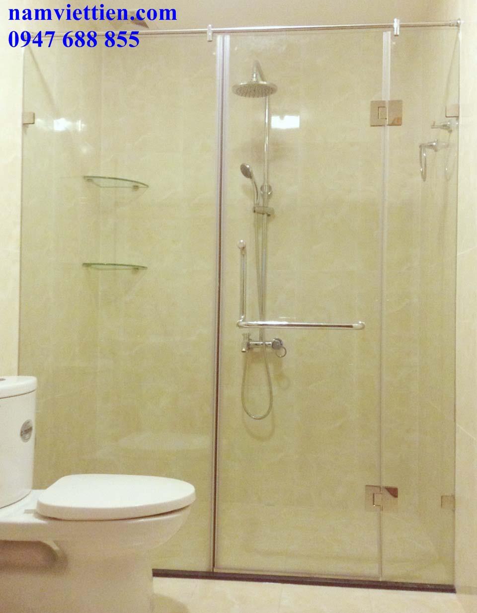 phong tam kinh ms 17 - Lắp đặt phòng tắm bằng kính